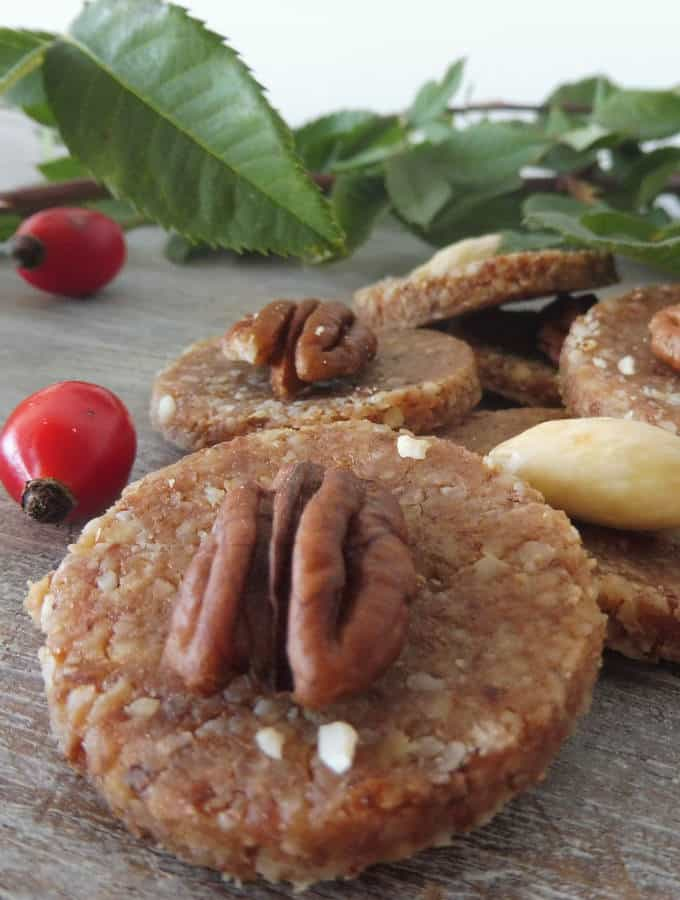 raw christmas cookies made from rose hip!
