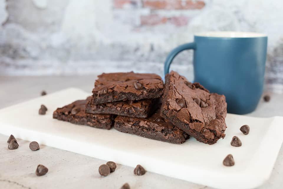 healthy vegan brownie recipe with blue mug