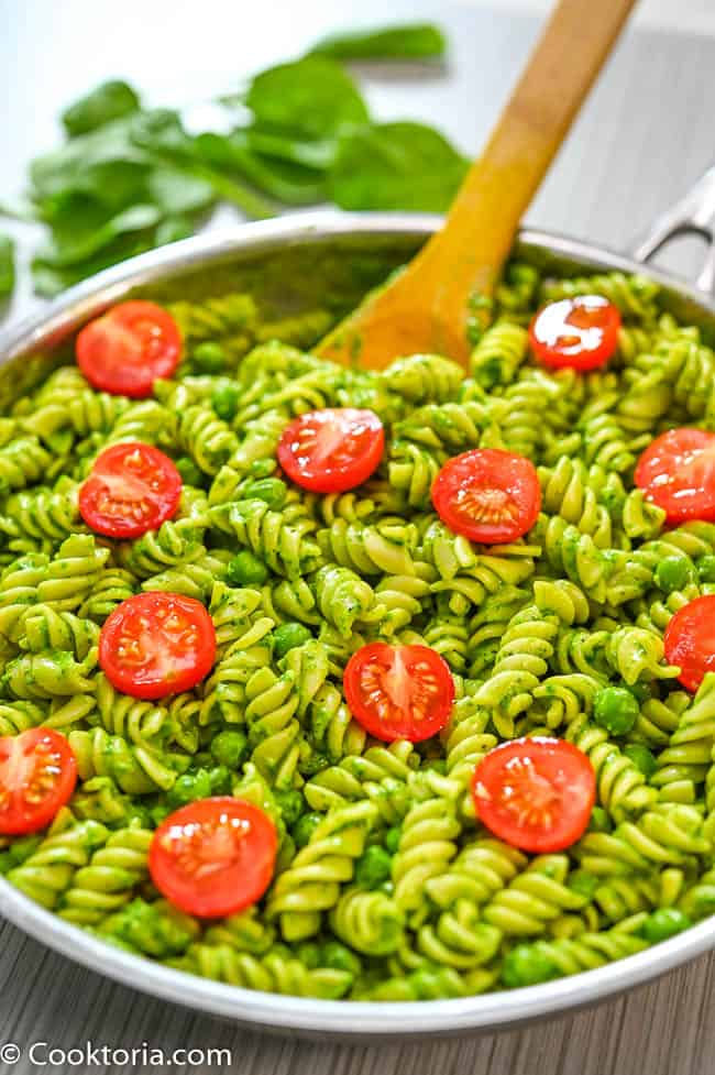 Photo of pasta with spinach sauce one of the best vegan recipes for kids