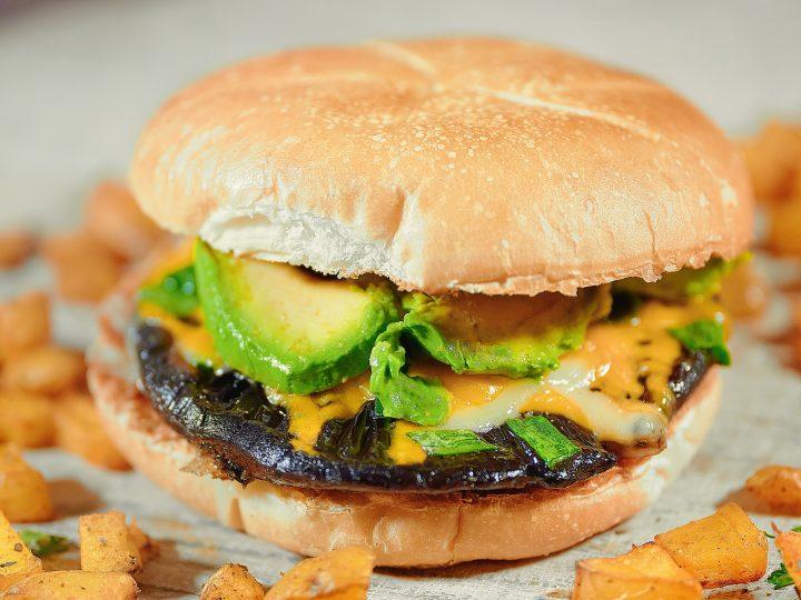 Best Ever Vegan Portobello Mushroom Burger Recipe Wow It S Veggie