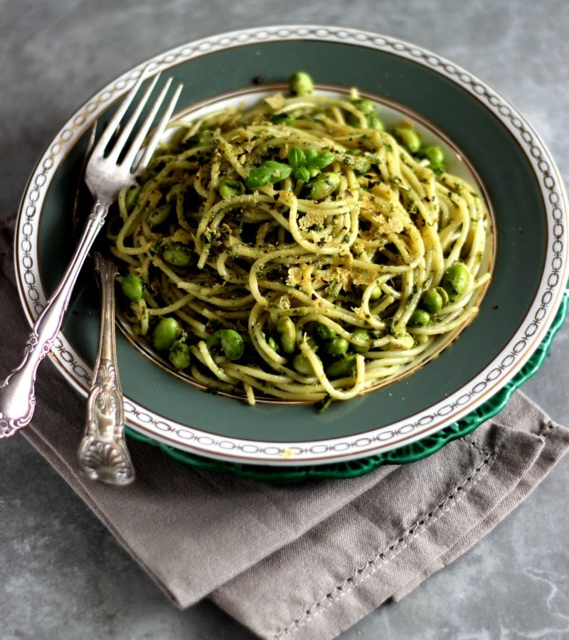 Photo of a plate serving kale spaghetti Genovese.