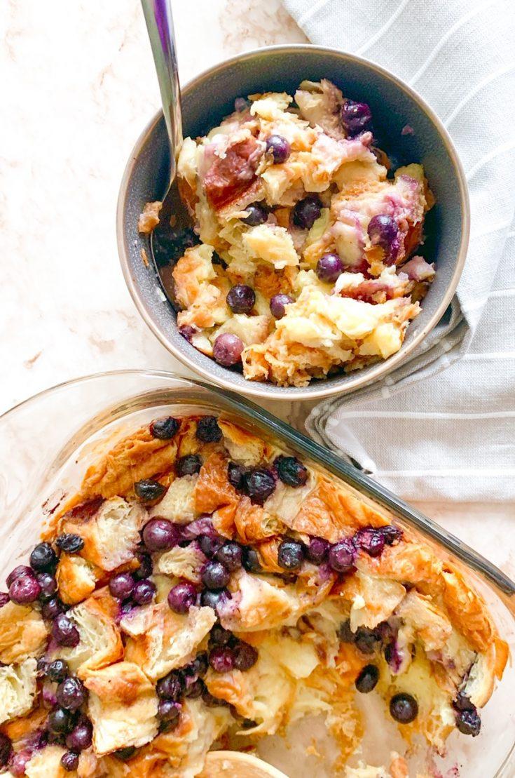 6-Ingredient Vegan Bread Pudding