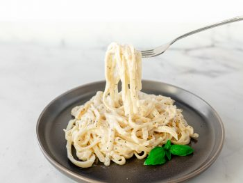 vegan alfredo sauce with no cashews on plate