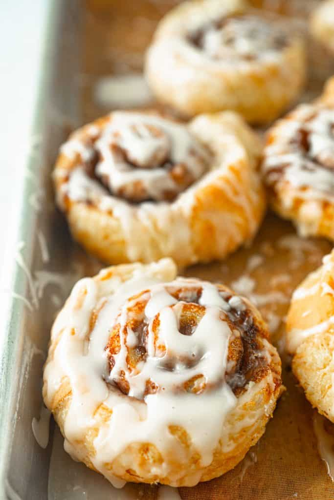 vegan cinnamon rolls made with puff pastry and sugar glaze