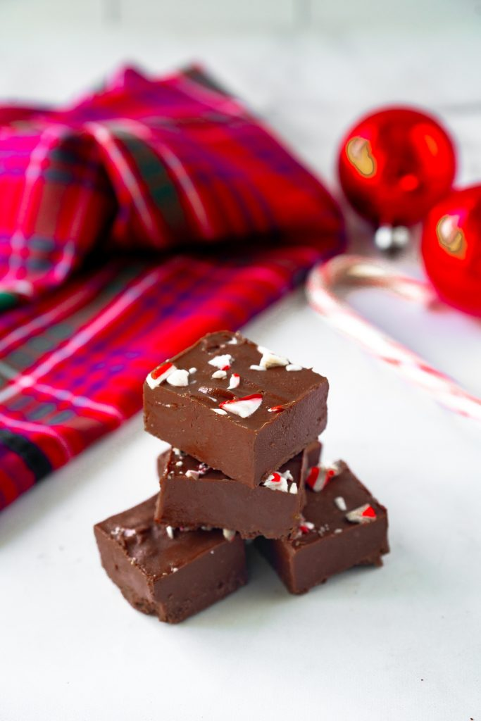 Photo of 3-Ingredient Vegan Peppermint Fudge.