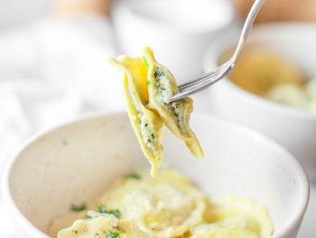 vegan ravioli with ricotta filling