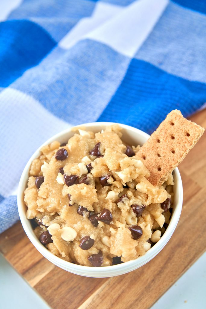 bowl of edible cookie dough with no animal products