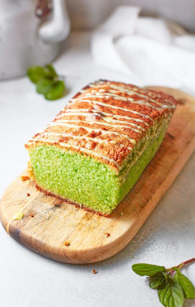 vegan matcha cake on cutting board