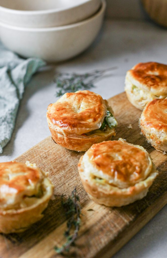 mini vegan pot pie recipe on serving tray