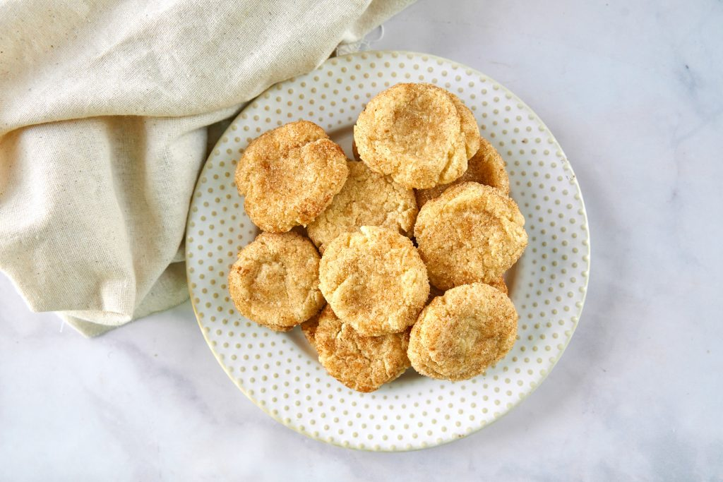plate of vegan snickerdoodle cookies from above