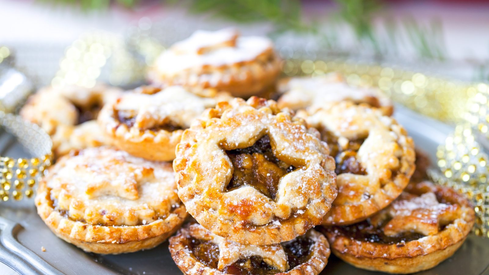 vegan mince pies on a plate